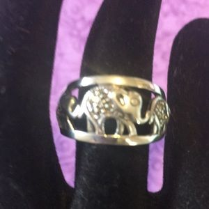 Sterling Silver Elephant Ring Marcasite Accent A68